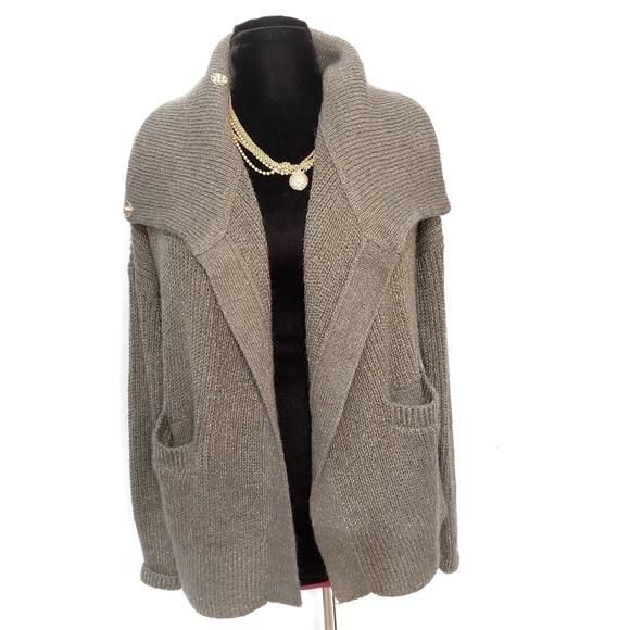 Abercrombie & Fitch Sweaters - ⬇️NWOT Gray/Gold Metallic Knit Cardigan XS